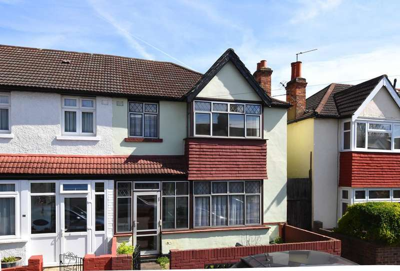 3 Bedrooms Semi Detached House for sale in Ladycroft Road SE13