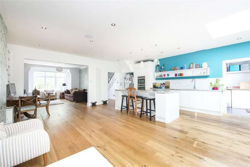 4 Bedrooms Semi Detached House for sale in Eastbourne Road, Grove Park, Chiswick, London, W4