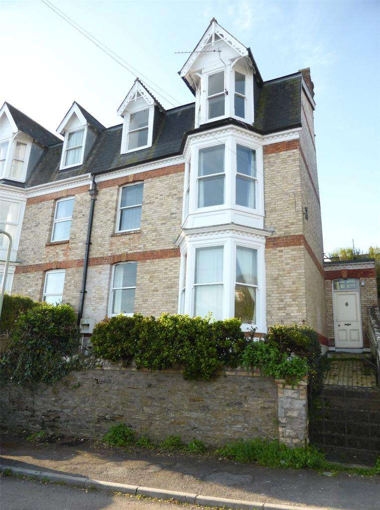 6 Bedrooms Semi Detached House for sale in Larkstone Crescent, Ilfracombe
