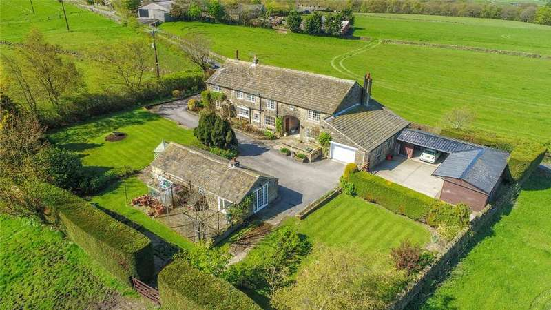 4 Bedrooms Detached House for sale in Middle Bents Farm, Bents Lane, Wilsden, West Yorkshire, BD15