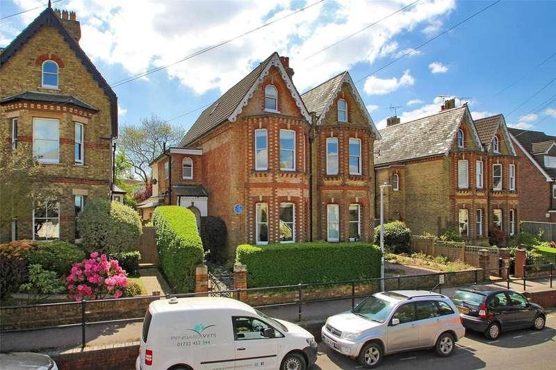 4 Bedrooms Semi Detached House for sale in Eardley Road, Sevenoaks, Kent, TN13