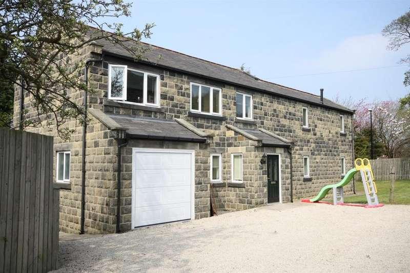 4 Bedrooms House for rent in Gladstone Crescent, Rawdon, Leeds