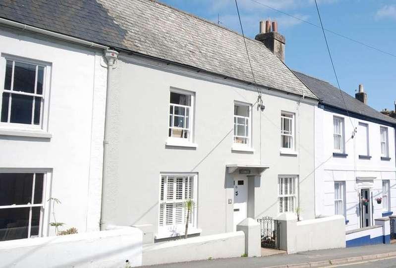 4 Bedrooms Terraced House for sale in Myrtle Street, Appledore, Bideford