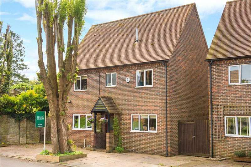 4 Bedrooms Detached House for sale in Ladysmith Road, Ivinghoe, Leighton Buzzard, Buckinghamshire