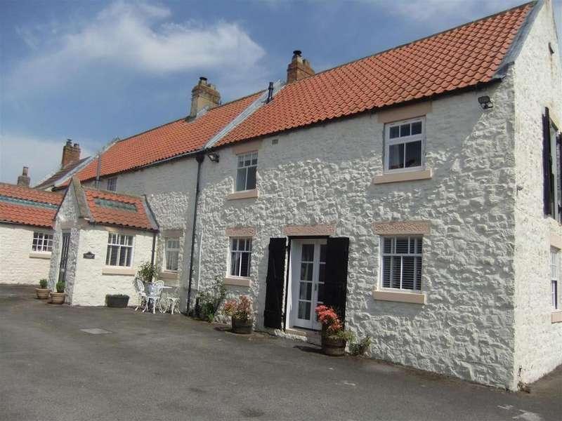 4 Bedrooms Semi Detached House for sale in High Carlbury, Piercebridge.