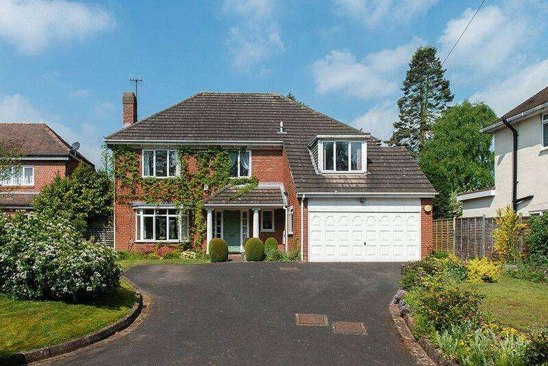 4 Bedrooms Detached House for sale in Barnetts Lane, Kidderminster DY10 3HR