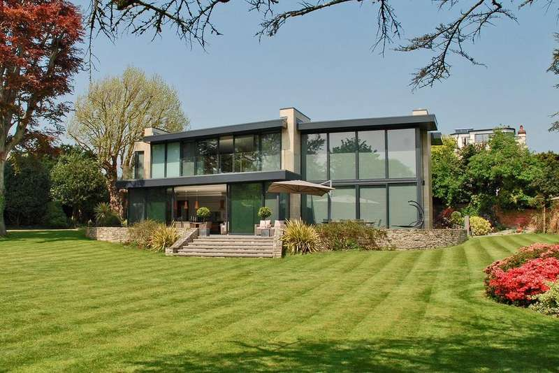 4 Bedrooms Detached House for sale in Grove Road, Grove Road, Lymington, SO41
