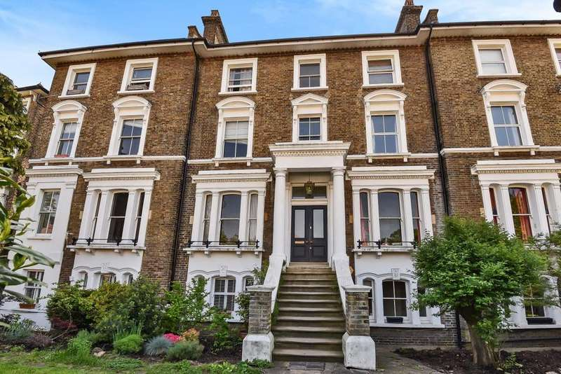3 Bedrooms Flat for sale in Devonshire Road, Forest Hill