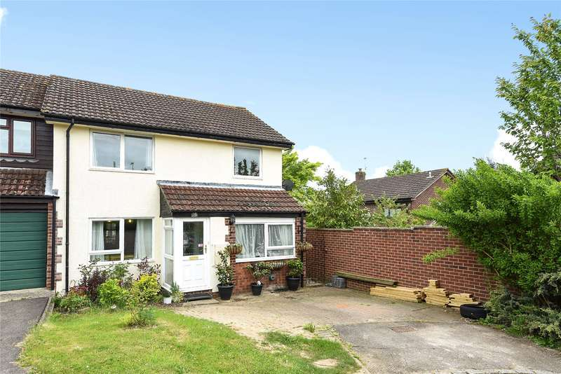 3 Bedrooms Semi Detached House for sale in Crecy Close, Wokingham, Berkshire, RG41