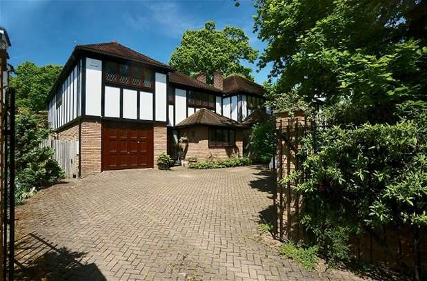 5 Bedrooms Detached House for sale in Dulwich Wood Park, London
