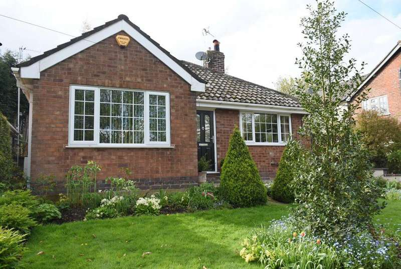 3 Bedrooms Detached House for sale in Warrington Road, Comberbach