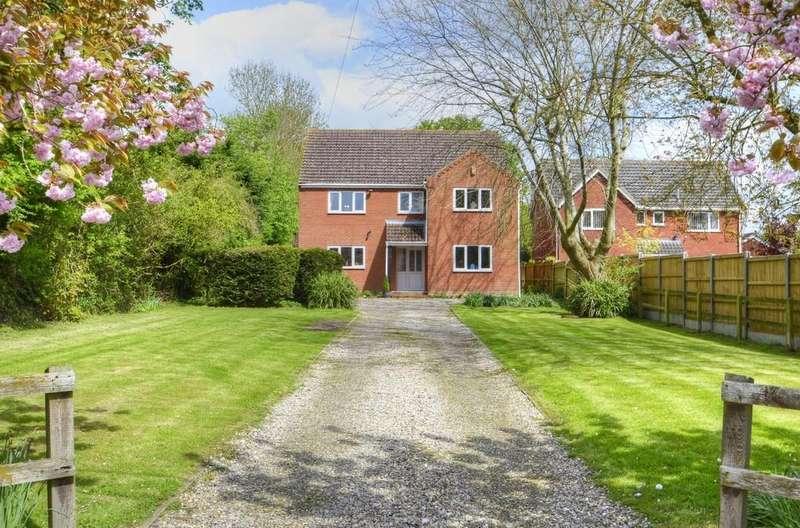 5 Bedrooms Detached House for sale in Great Ellingham, Norfolk