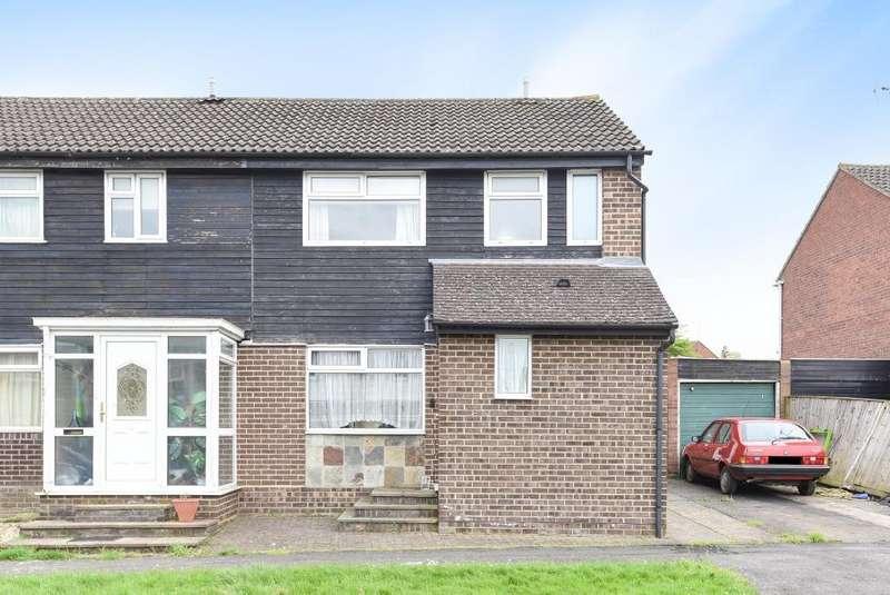 3 Bedrooms House for sale in Aylesbury, Buckinghamshire, HP19