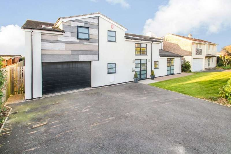 4 Bedrooms Detached House for sale in Powisland Drive, Derriford, Plymouth