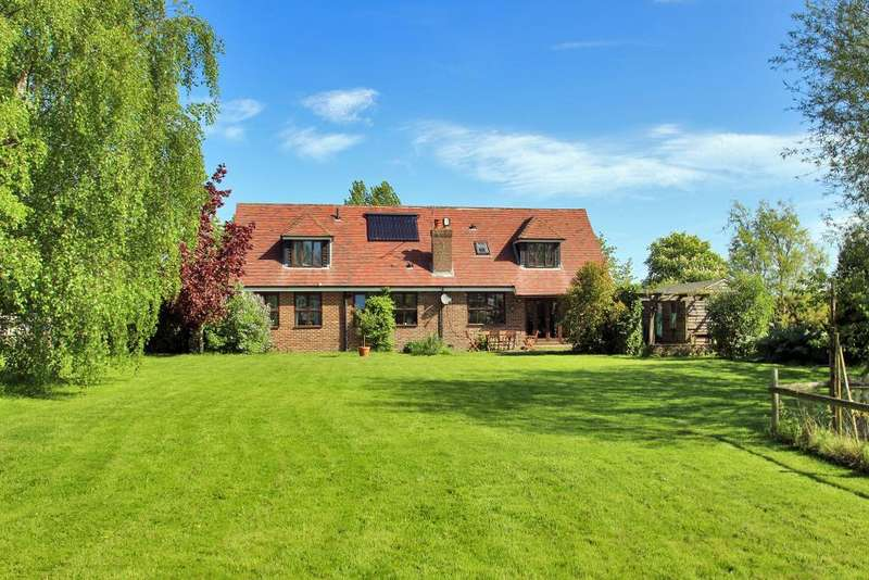5 Bedrooms Detached House for sale in Crook Road, Brenchley, Kent, TN12 7BE