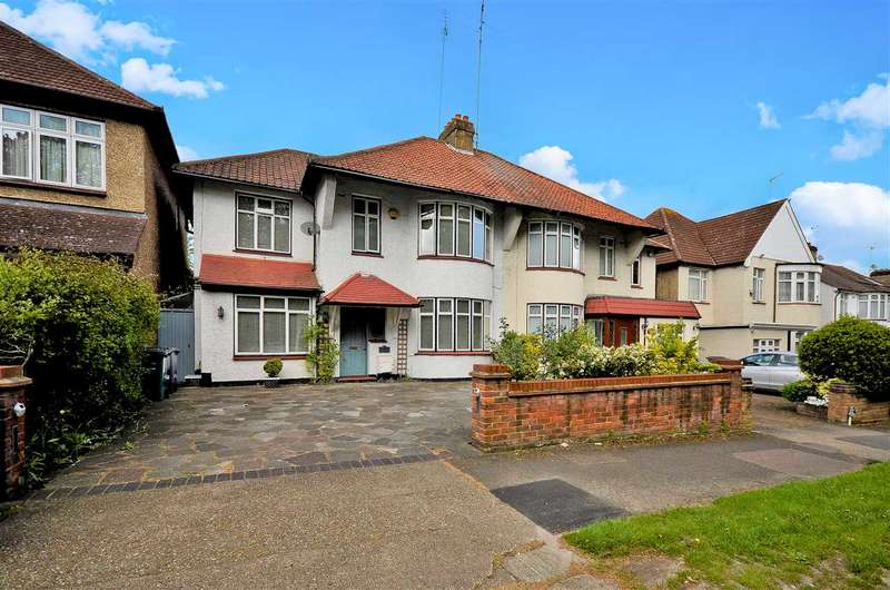 4 Bedrooms Semi Detached House for sale in Waterfall Road, London