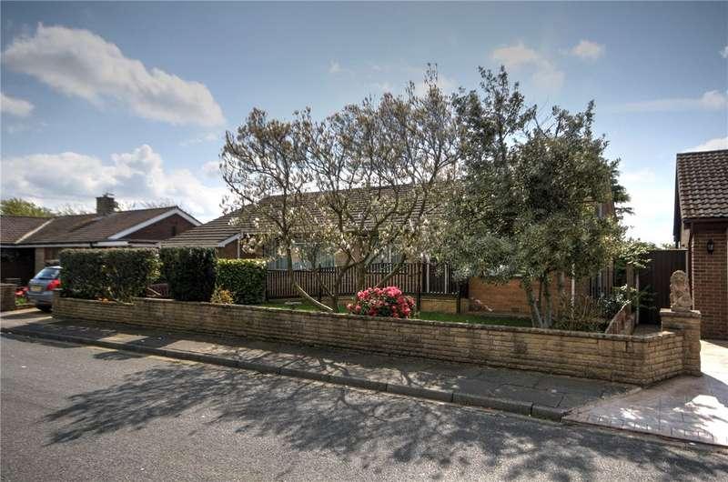 4 Bedrooms Detached Bungalow for sale in Dunelm Grove, Shildon, County Durham, DL4