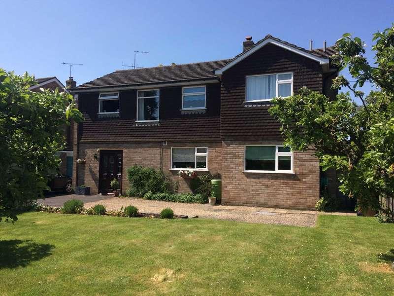 5 Bedrooms Detached House for sale in Pleck Lane, Kingston Blount