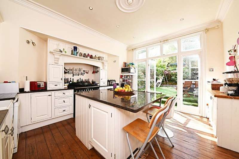 4 Bedrooms Terraced House for sale in Milton Park, Highgate, N6 5QB