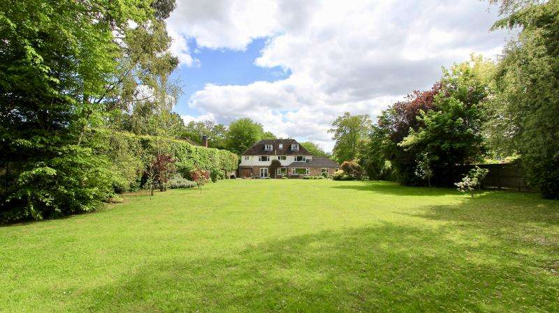 6 Bedrooms Detached House for sale in Martinsend Lane, Great Missenden HP16