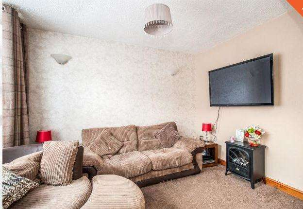 2 Bedrooms Terraced House for rent in Chester Road, Watford, WD18 0RE