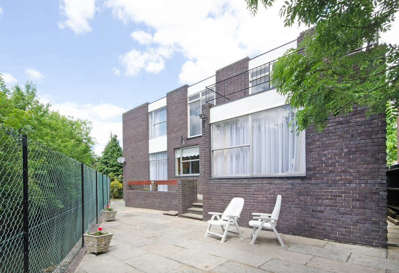 5 Bedrooms House for rent in Forty Avenue, Wembley, HA9