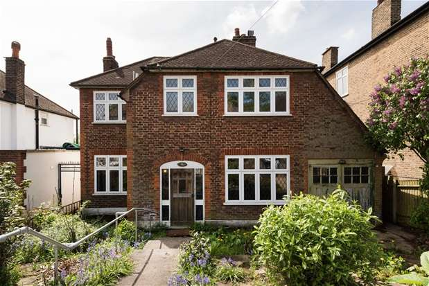 4 Bedrooms Detached House for sale in Lowther Hill, Forest Hill
