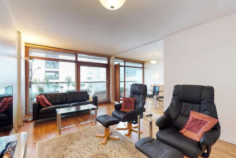 1 Bedroom Apartment Flat for sale in Andrewes House, Barbican, London