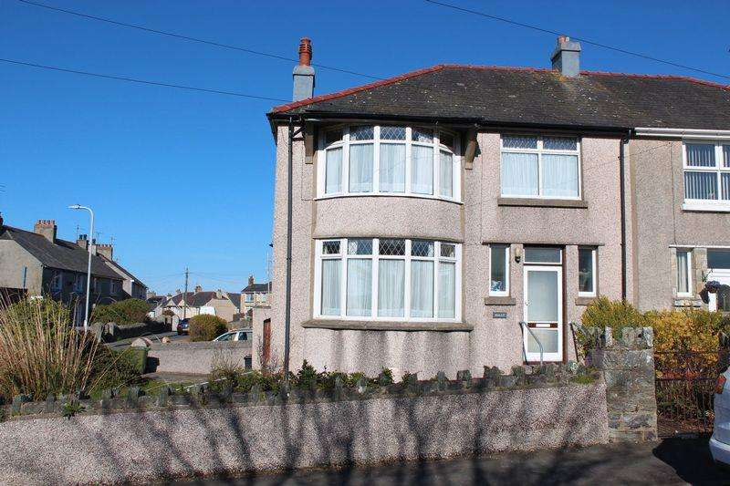 3 Bedrooms Semi Detached House for sale in Porthyfelin Road, Holyhead