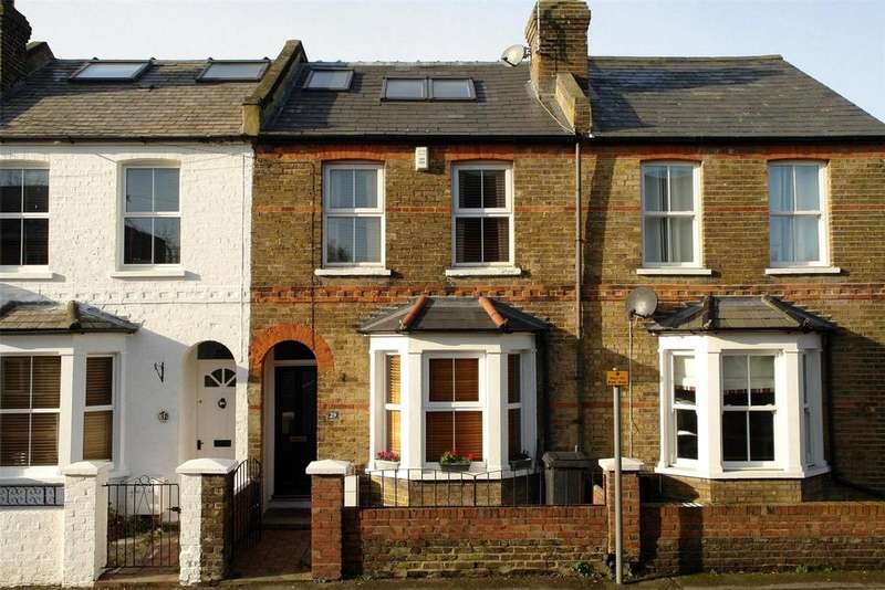 4 Bedrooms Terraced House for sale in Vansittart Road, Windsor, Berkshire, SL4