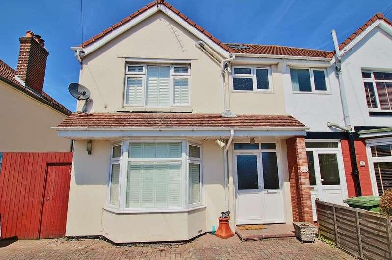 4 Bedrooms Semi Detached House for sale in Regents Park, Southampton