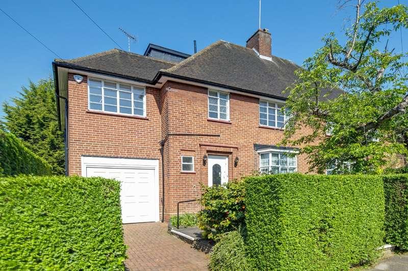 5 Bedrooms House for sale in Totnes Walk, London