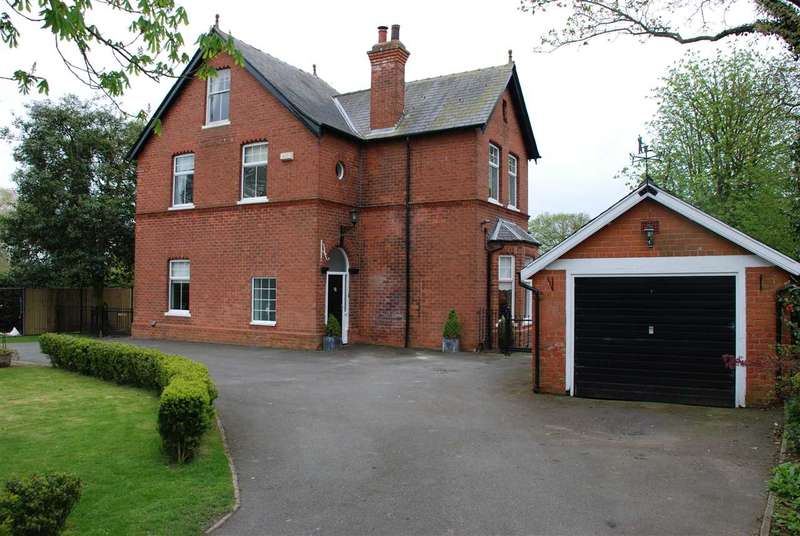 4 Bedrooms Detached House for sale in AYLESBY LANE, HEALING, GRIMSBY