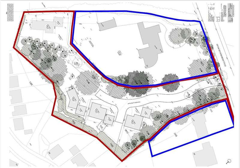 Plot Commercial for sale in DEVELOPMENT OPPORTUNITY, BUILDING LAND, ADJACENT TO 12 STALLINGBOROUGH ROAD, HEALING