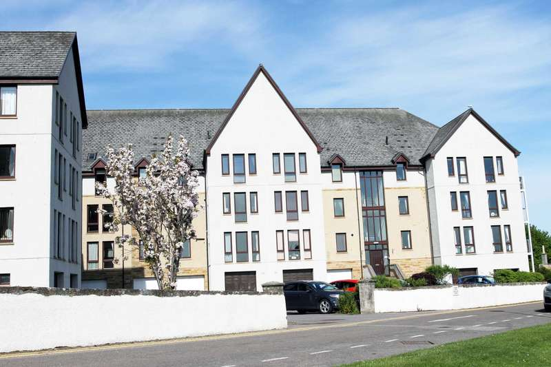 2 Bedrooms Apartment Flat for sale in Royal Marine Apartments, Nairn