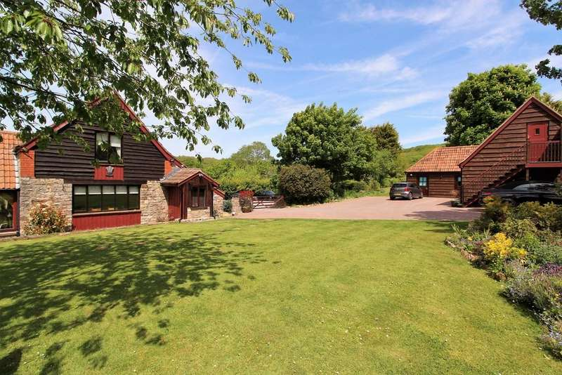 4 Bedrooms Detached House for sale in Wonderful refurbished barn conversion and adjacent spacious detached annexe