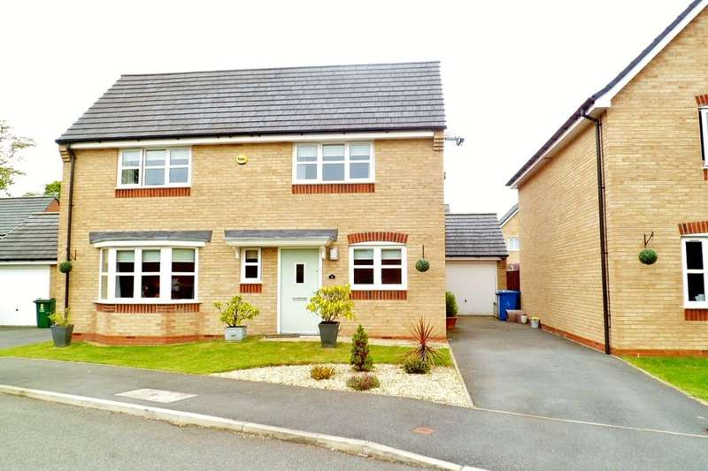 4 Bedrooms Detached House for sale in Pentre Court, Wrexham, LL11
