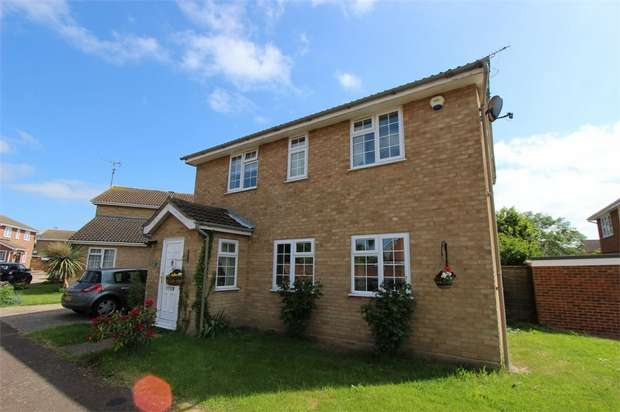 4 Bedrooms Detached House for sale in Shepard Close, Eastwood, Essex