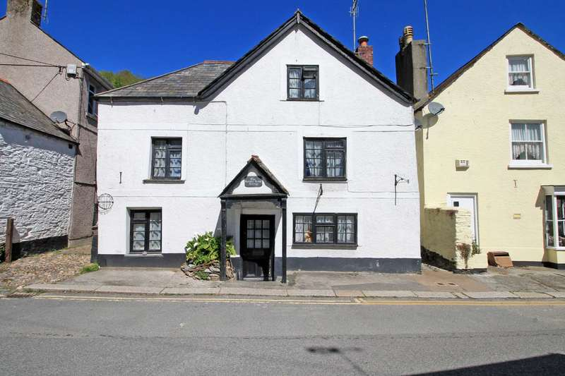 5 Bedrooms Cottage House for sale in Fore Street, West Looe