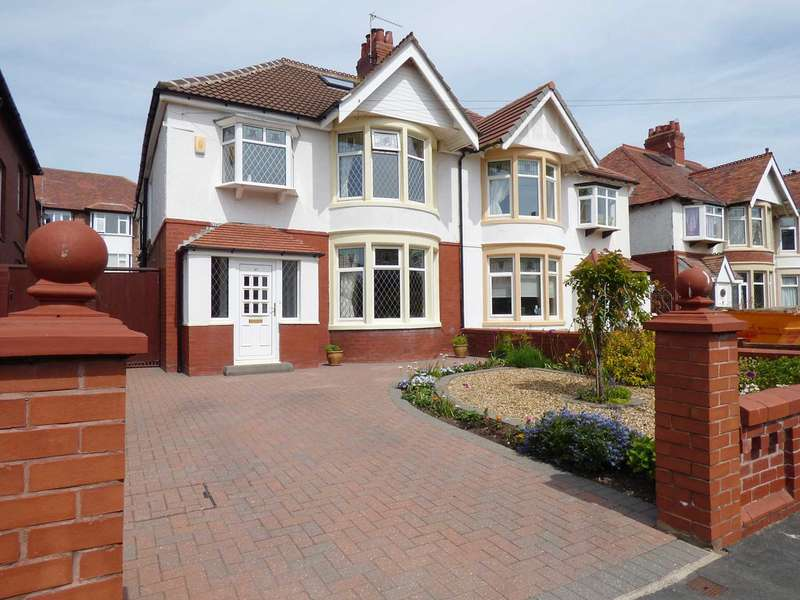 4 Bedrooms Semi Detached House for sale in Laverton Road, St Annes