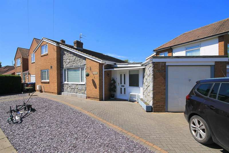 3 Bedrooms Detached Bungalow for sale in Witton Grove, Durham