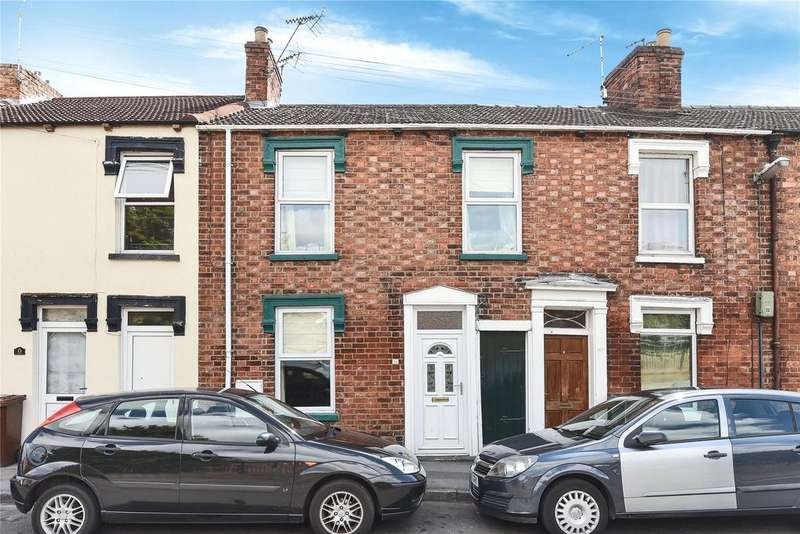 3 Bedrooms Terraced House for sale in Sincil Bank, Lincoln, LN5