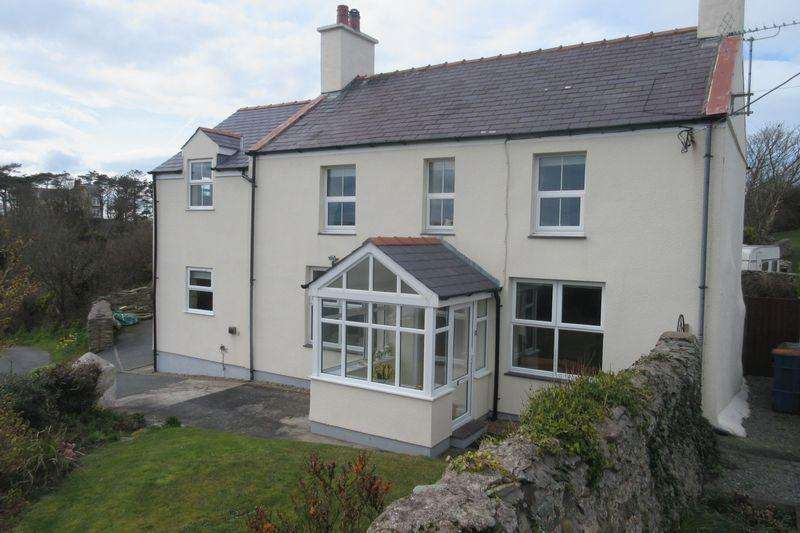3 Bedrooms Detached House for sale in Llaneilian, Amlwch