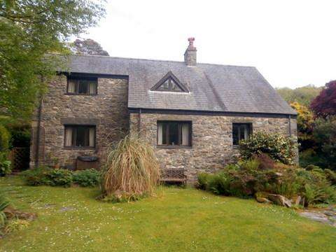 4 Bedrooms Detached House for sale in Tyddyn Sian, LLanbedr LL45