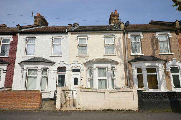 3 Bedrooms Terraced House for sale in Norfolk Road, London, E6