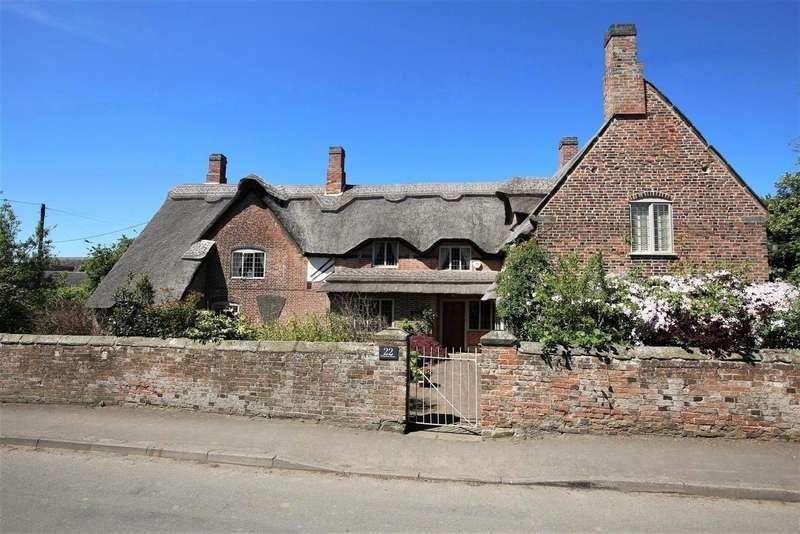 5 Bedrooms Property for sale in Swepstone House, Swepstone, LE67 2SA