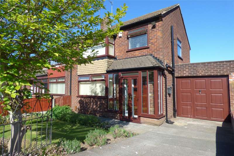 3 Bedrooms Semi Detached House for sale in Lulworth Road, Middleton, Manchester, M24