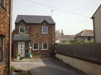 3 Bedrooms Detached House for sale in Perranporth, Truro, Cornwall