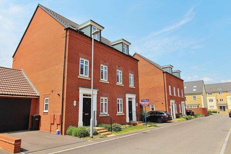 4 Bedrooms Semi Detached House for sale in Fieldfare Close, Keynsham, Bristol