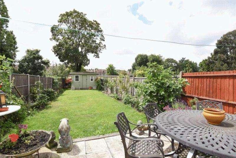 4 Bedrooms Terraced House for sale in Norbury Avenue, Norbury
